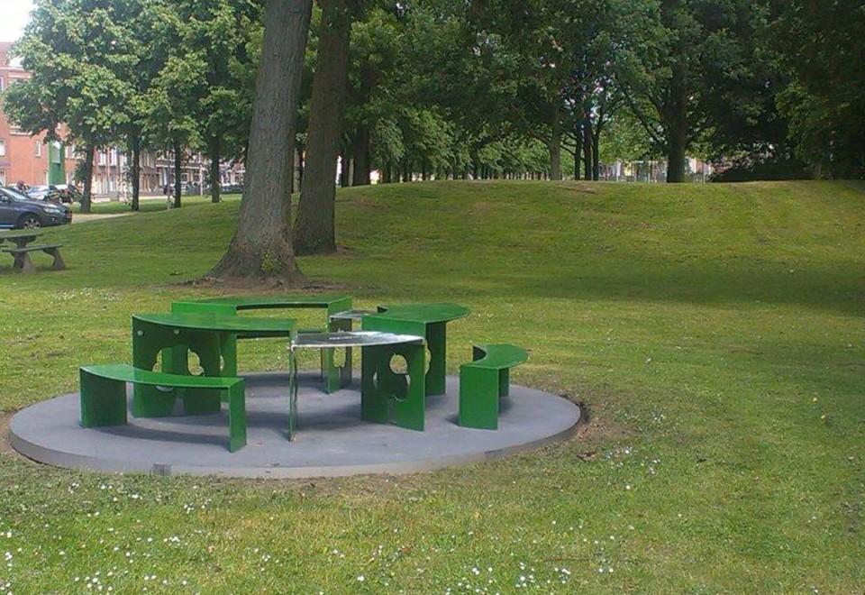 Buurt Picknicktafel en BBQ plaats Rotterdam