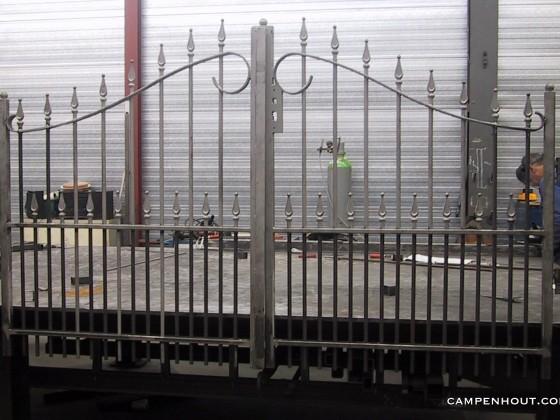 Metalen sierhekwerk (Rotterdam) <br />