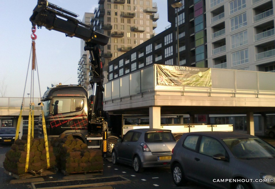 Hijsen ecologisch dak <br /> <br />