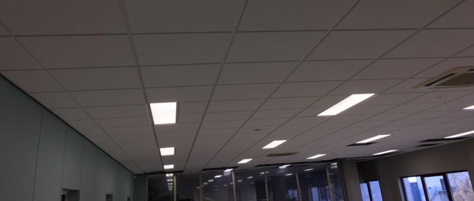 Oplevering LED-panelen kantoor Barendrecht